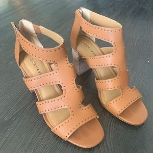 Lucky Brand Leather Chunk Heels